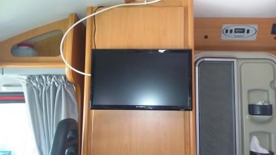 Fernseher vorne