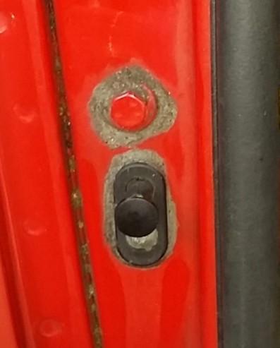 Motorhauben-Schalter