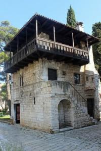 Romanisches Haus