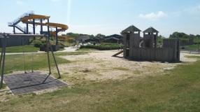 Spielplatz und Spielhaus des CP