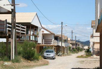 Ferienhaussiedlung auf Stelzen