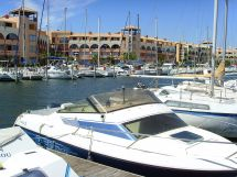 Leucate_Port_boats_in_harbour