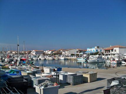 Saintes-Maries_Hafen