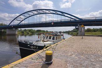 Hafen_vor_der_Weserbrücke