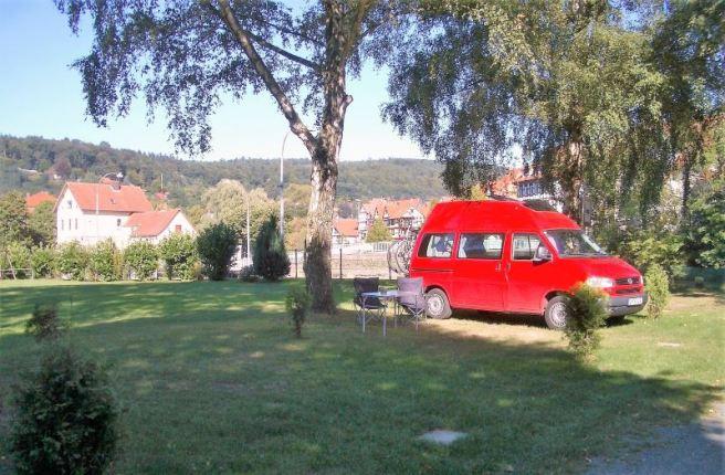 HM 2005 076