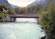 Jostedalsbreen Bach mit Brücke am CP