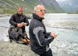 Jostedalsbreen beim Gletscher gabs Bier und Sekt mit Gletschereis