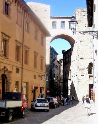 Volterra 022