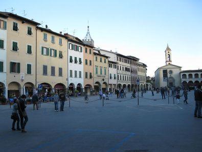 Figline Valdarno Piazza Marsilio Ficino