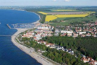 Kuehlungsborn Luftbild Seebad Marina