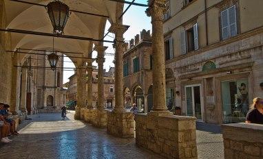 Ascoli_Piceno_Loggia dei Mercanti