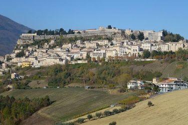 Civitella_Del_Tronto_panoramio
