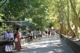 Fontaine de Vaucluse Weg zur Quelle