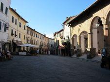 Montalcino Piazza_del_Popolo