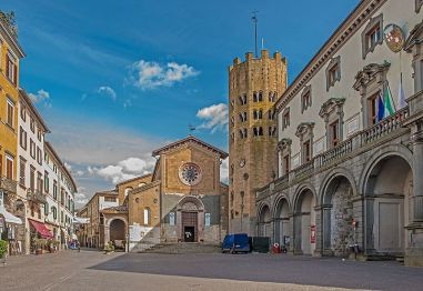 Orvieto_Piazza_della_Repubblica