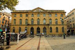 Aix ehemalige Kornhalle am Rathausplatz