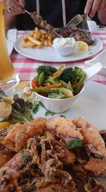 Brandenburg Essen bei Mesogios