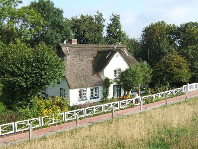 Neufeld Reetdachhaus