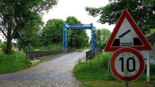 Krautsand_Klappbrücke