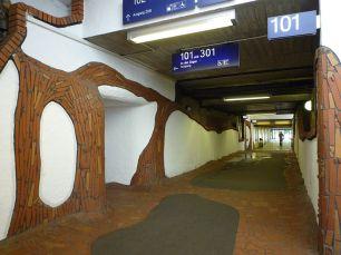 Uelzen Bahnhof von Friedensreich Hundertwasser04