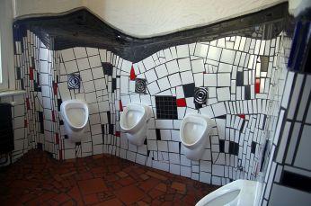 Uelzen Hundertwasserbahnhof WC