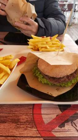 Damp Burger