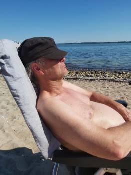 Waabs Axel am Strand