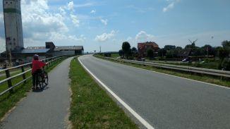 Nordstrand Süderhafen Blick Richtung Gaststätte Am Heverstrom